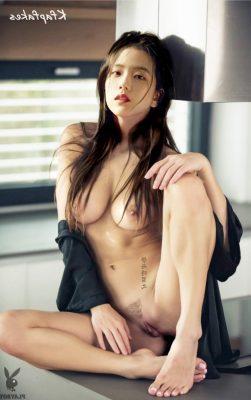 Jisoo Kfapfakes29 1 251x400 - Jisoo Nude Sex Fake Porn Photos